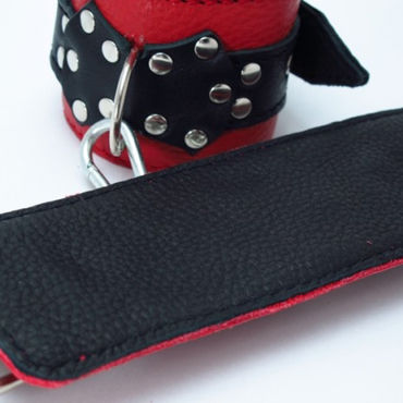 BDSM Арсенал кожаные наручники с пряжкой, красно-черные На регулируемых ремешках
