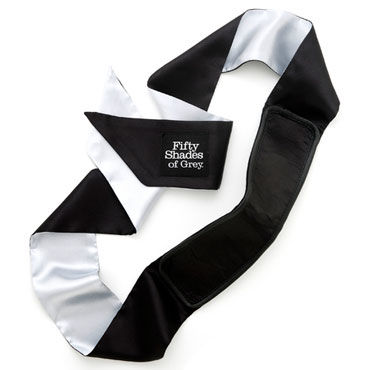 Fifty Shades of Grey Satin Deluxe Blindfold Шелковая повязка на глаза