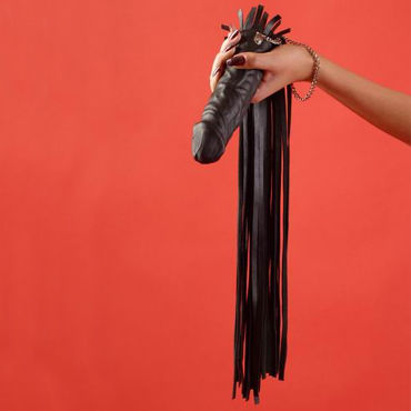 Podium флогер-фаллос, черный С мягкими хвостами игра алиса в стране фетиша
