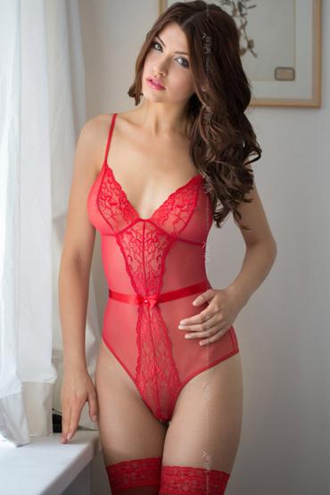 SoftLine Linda, красное Боди c интимным вырезом softline 09684