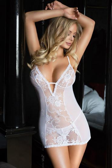 SoftLine Bridget, белая Сорочка с глубоким декольте и трусики softline lilith черная сорочка с открытой грудью и трусики