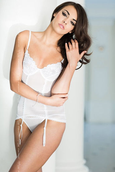 Soft Line комплект, белый Полупрозрачный корсет и стринги презерватив luxe maxima желтый дьявол 1