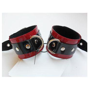 Podium поножи С D кольцами podium наручники черно красные с заклепками