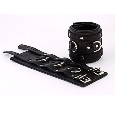Beastly наручники, черные С подвернутой подкладкой сбруя из черной лаковой кожи