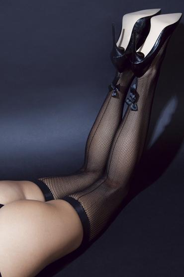 Le Frivole Sense Чулки со стрелками и бантикоми, черные Из сетки с тонкими резинками le frivole пикантные трусики с доступом черные из нежного цветочного кружева