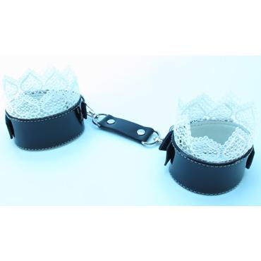 БДСМ лайт Изысканные наручники, черно-белые С кружевной окантовкой бдсм лайт стек лаковый черно синий с меховой рукоятью