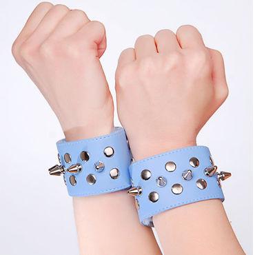 Sitabella напульсники, голубые С металлическими заклепками сбруя из черной лаковой кожи