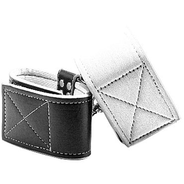 Ouch! Reversible Ankle Cuffs, черно-белые Наножники на липучках ouch leather square tipped crop розовая