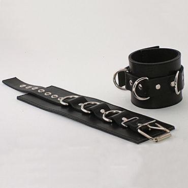 Podium наручники, черные Из неподшитой кожи podium наручники на мягкой подкладке