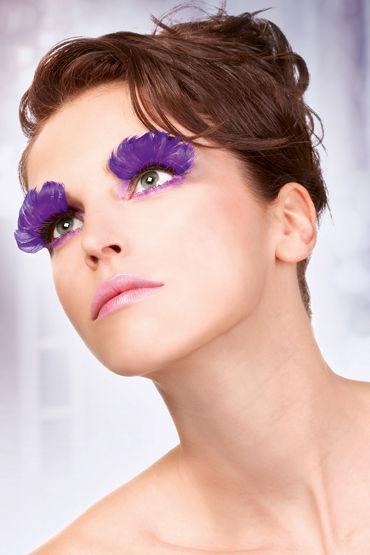 Baci Lashes, фиолетовый Накладные ресницы с перьями чулки private french maid высокие в мелкую сетку черные 42 46