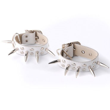 Sitabella наручники Украшены шипами leg avenue swiss dot and lace keyhole teddy черный откровенное боди